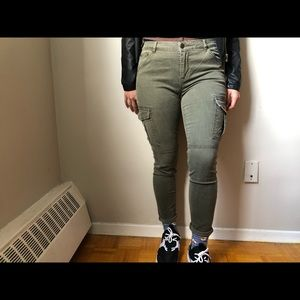 3 for 40/ MIDRISE MILITARY INSPIRED OLIVE JEANS
